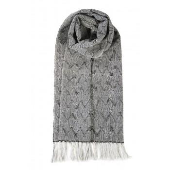 Alpaca scarf handwoven in loom